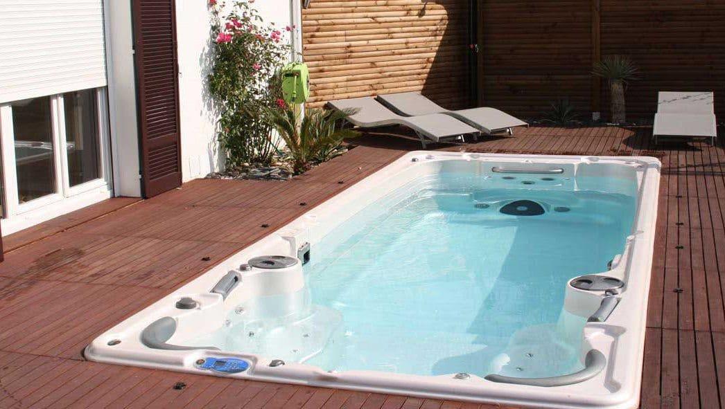 clair azur c l bre ses 20 ans d 39 existence id es piscine. Black Bedroom Furniture Sets. Home Design Ideas