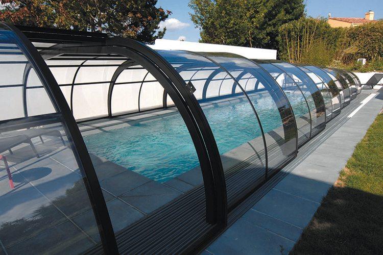 les formes de l 39 abri id es piscine. Black Bedroom Furniture Sets. Home Design Ideas