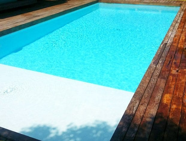 Les rev tements piscine id es piscine for Piscine revetement polyester