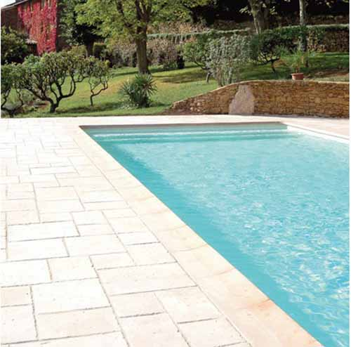 Marlux cluny id es piscine for Fabricant abris piscine espagne