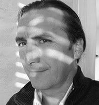 Yves Zoccola, concepteur de piscines