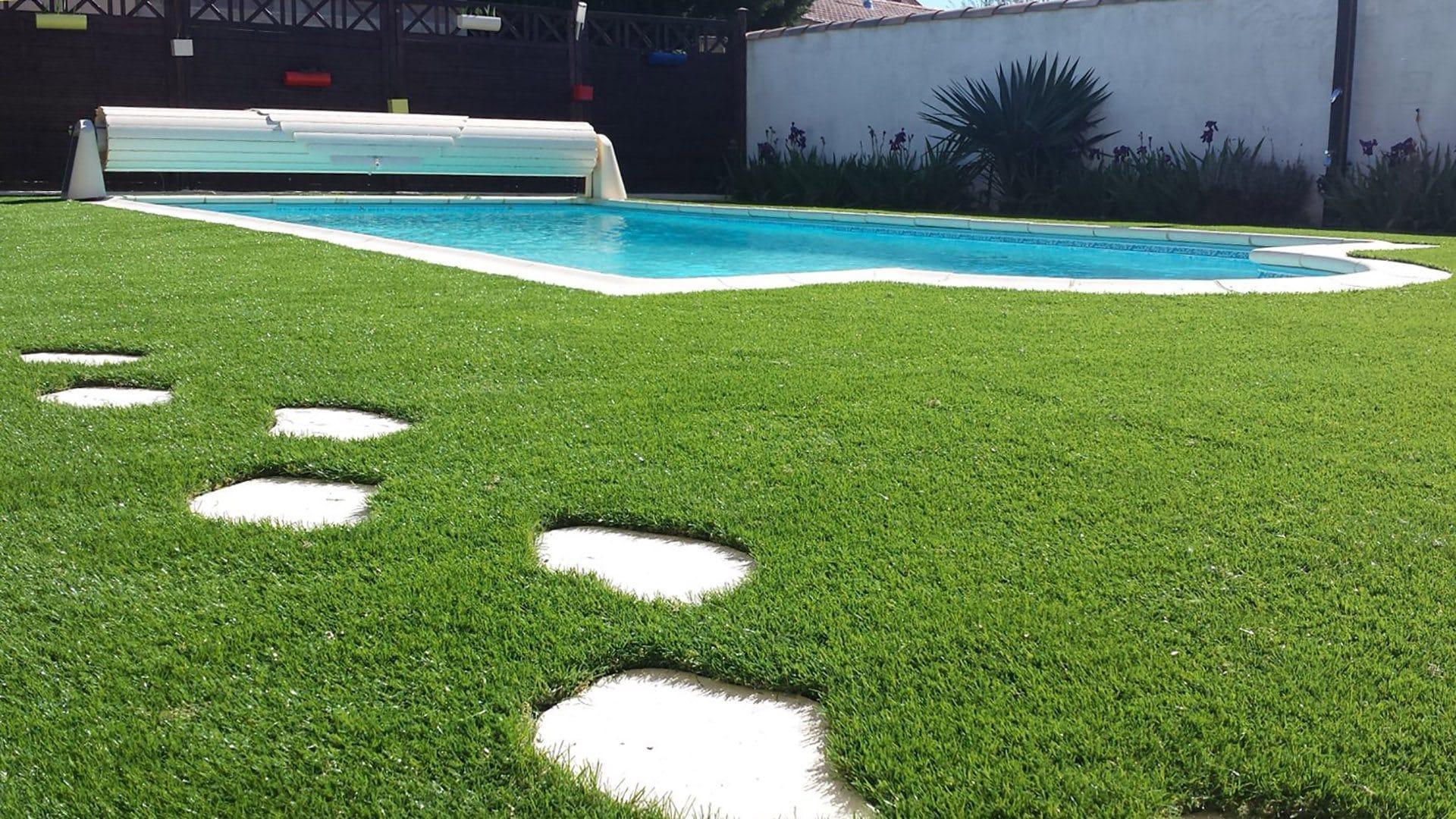 Les pas japonais la touche graphique id es piscine for Piscine dans le jardin