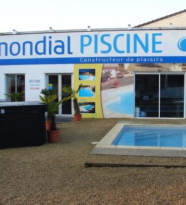 franchise-piscine-mondial