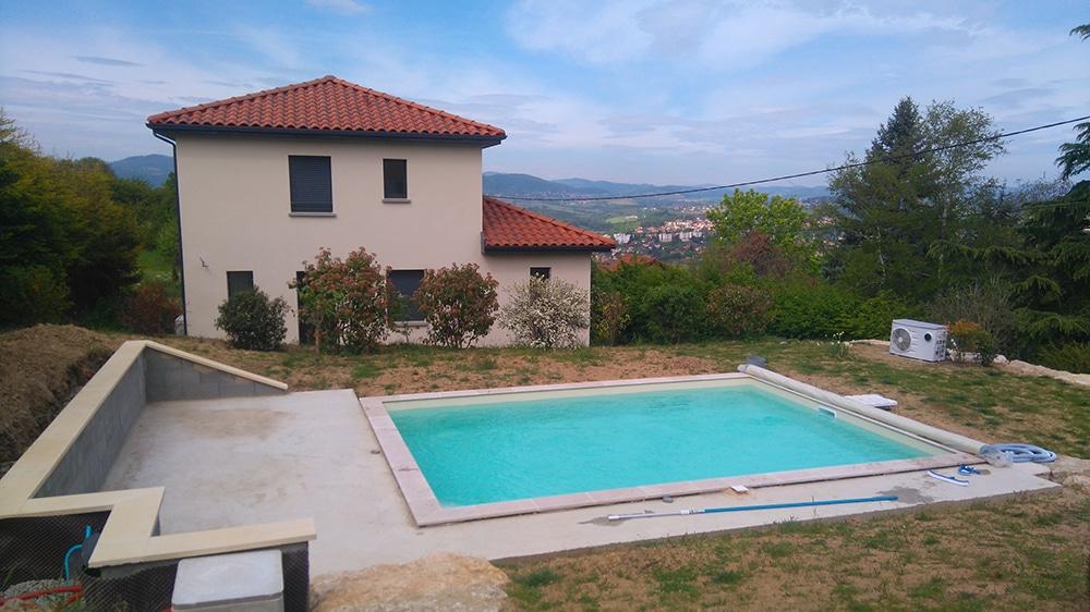 idees-piscine-piscine-solidpool-en-eau