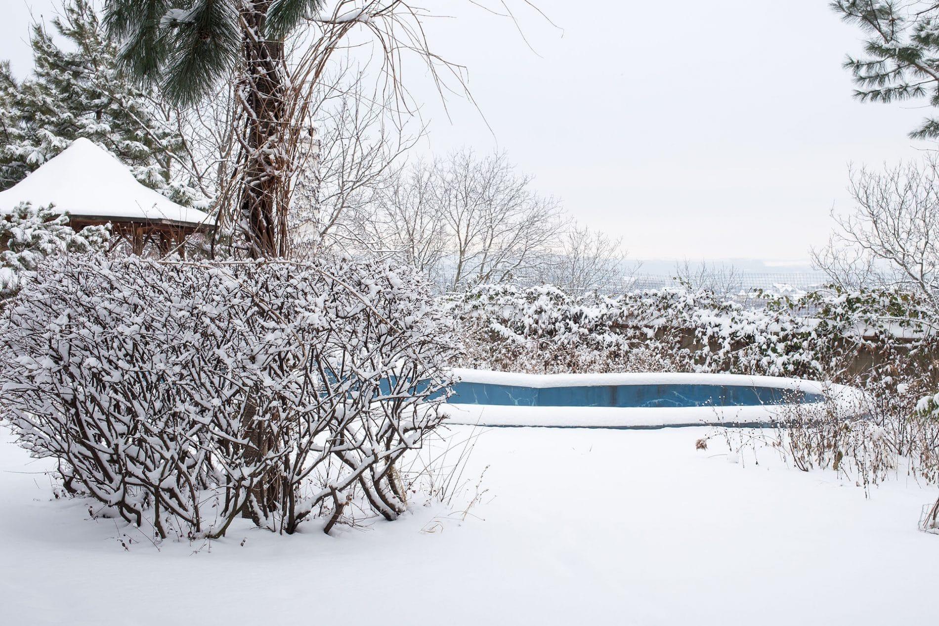 piscine-neige-1920.jpg