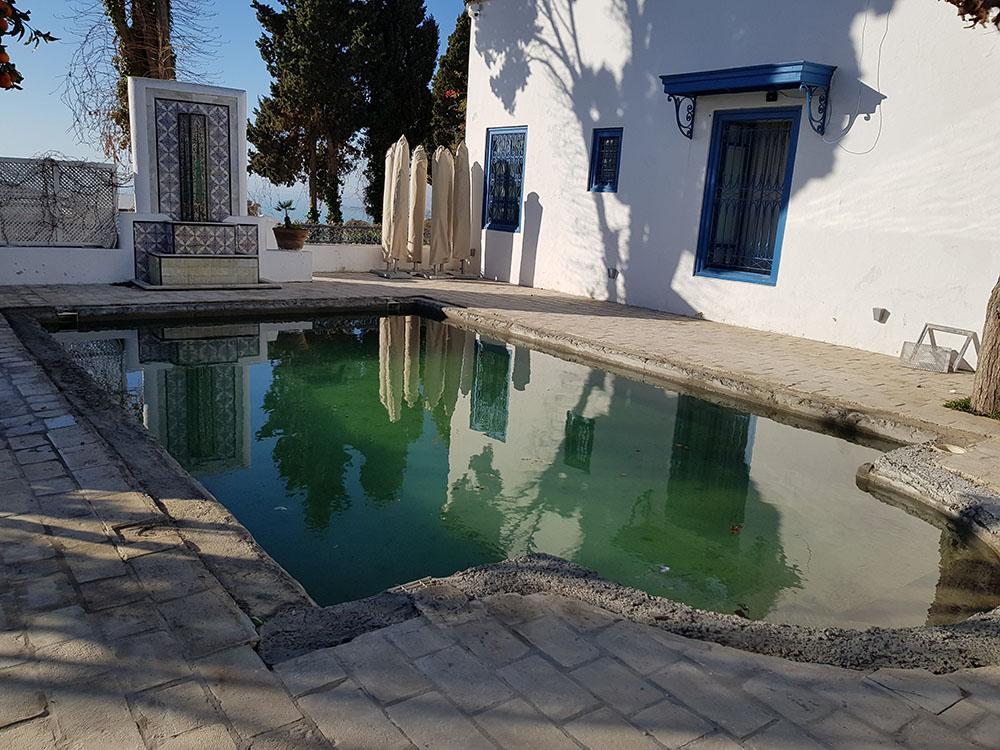 Piscine de l'hotel Dar Saïd avant rénovation