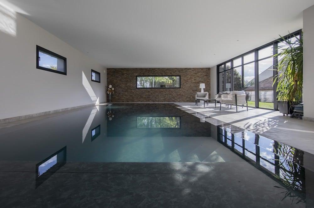 idees-piscine-carre-bleu-design-piscines