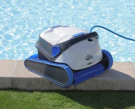 idees-piscine-robot-elctrique-piscine-dolphin-S300i-2-600x454.jpg